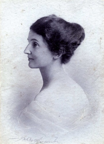 Hilda Maud Pursey (1888 - 1968)264470d7.jpg